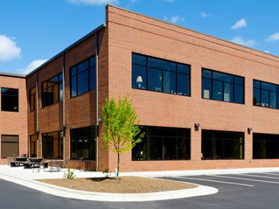 what-to-watch-out-for-in-electrical-systems-in-commercial-buildings